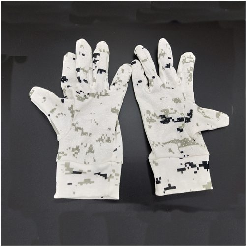 Snow White Camouflage Hunting Gloves